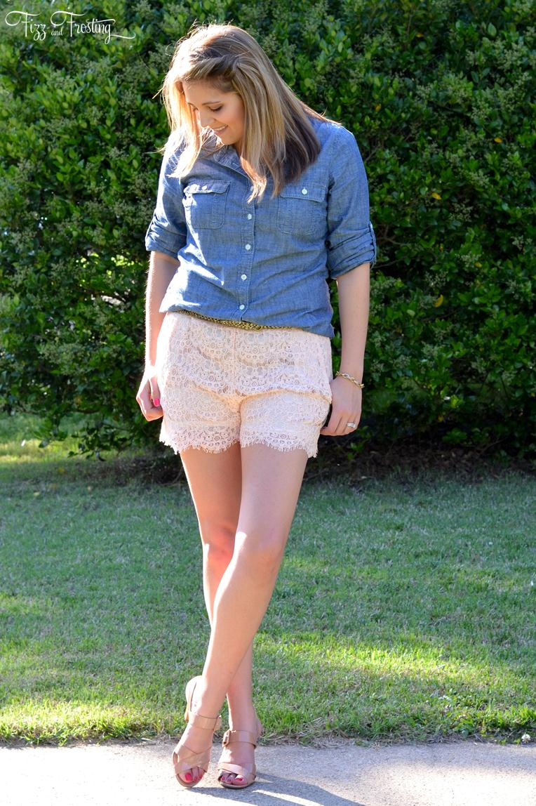 how to style lace shorts