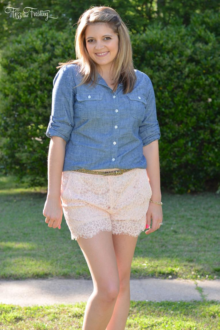 what wear with lace shorts