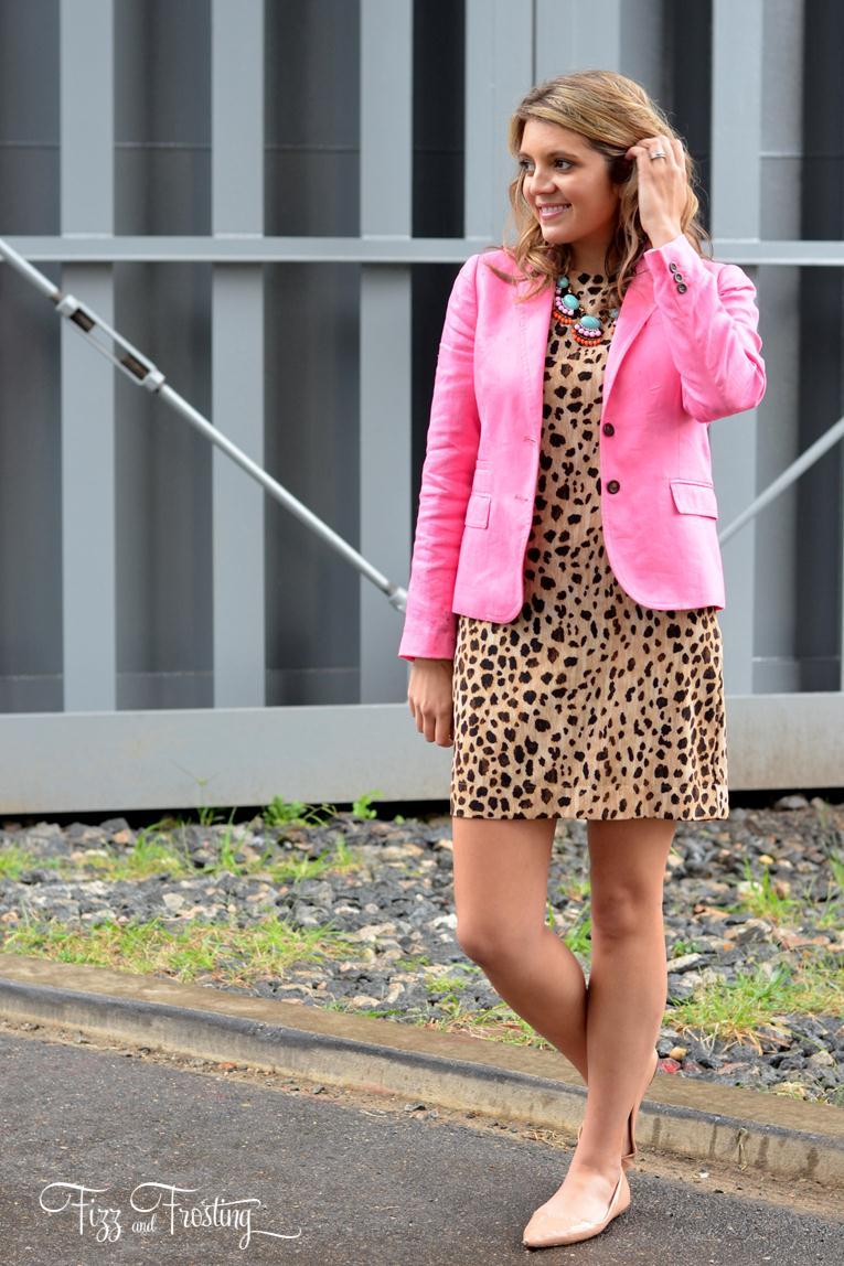 pink linen blazer for fall