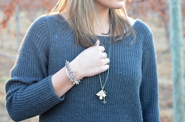 stella & dot liv multicharm necklace