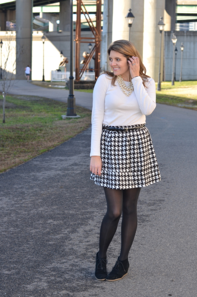 target houndstooth skirt to work with long sleeve tee and booties