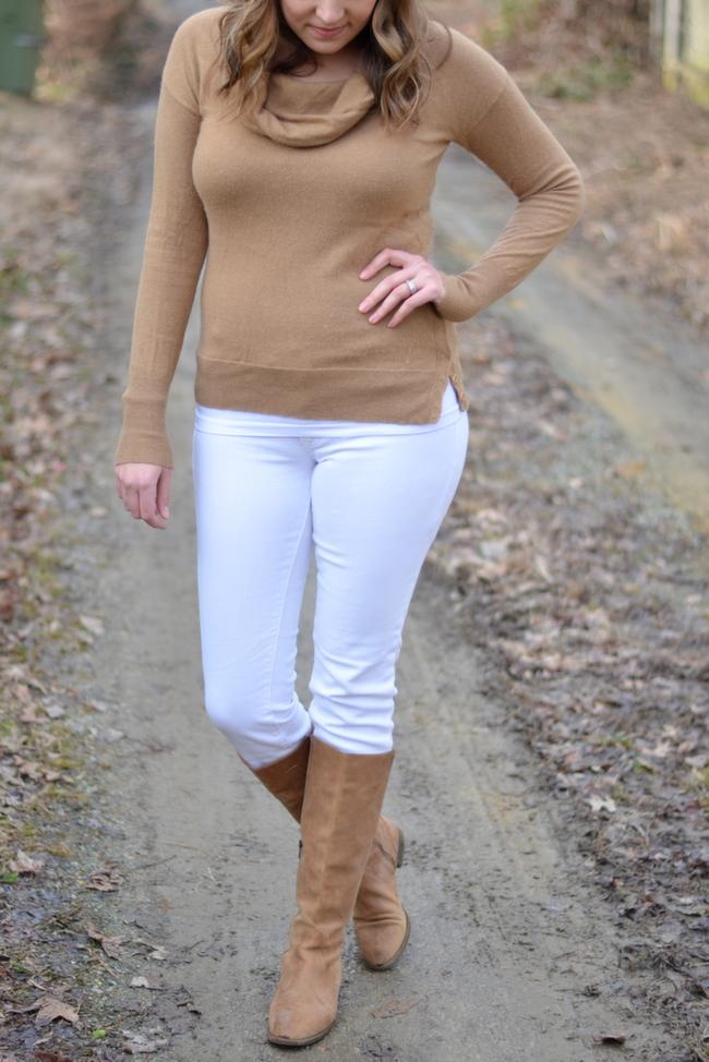 how wear white jeans winter