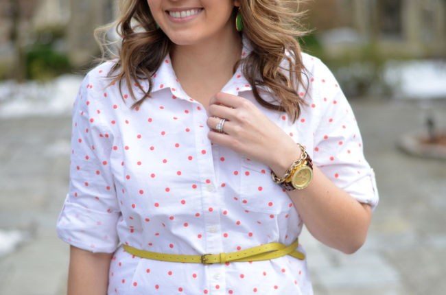 yellow and coral accents spring fashion