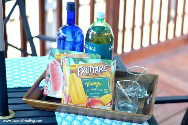 popsicle cocktails via @fizzandfrosting