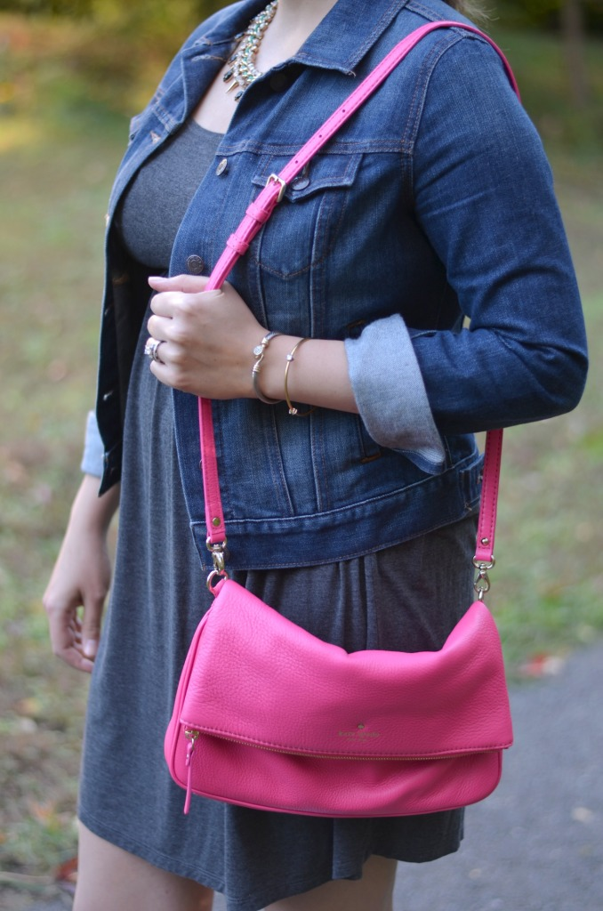 wear pink bag for fall
