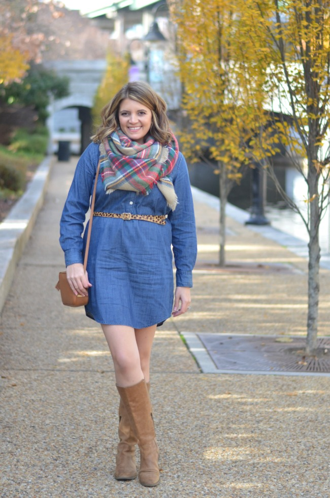 how to wear a chambray dress for winter