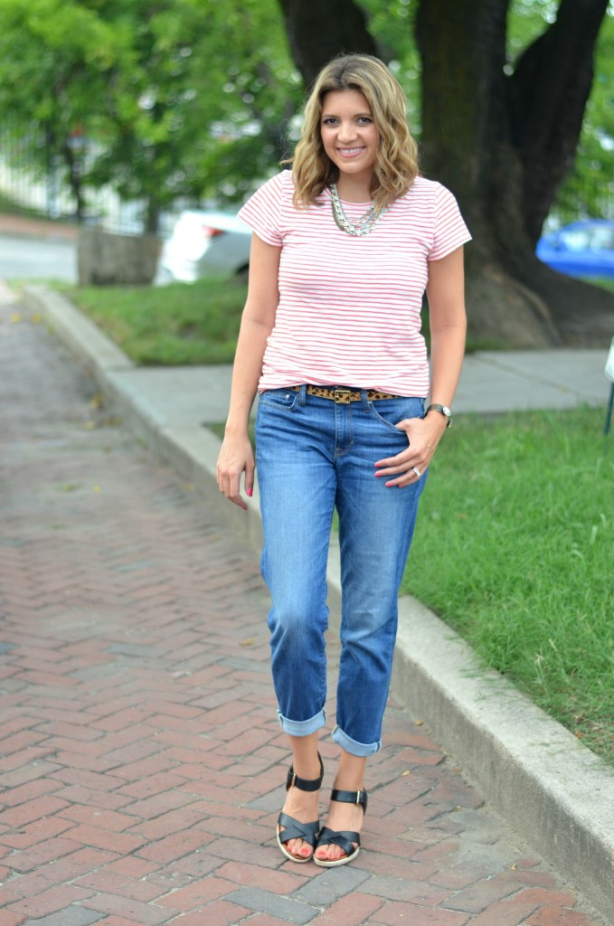 dress up boyfriend jeans with wedges and a tee via @fizzandfrosting