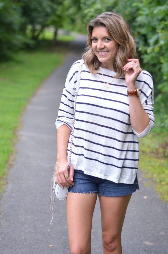 striped summer sweater via @fizzandfrosting