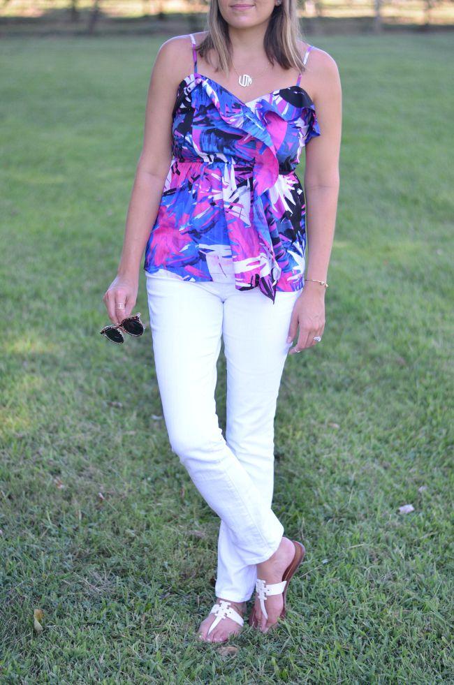 tropical prints for summer via @fizzandfrosting