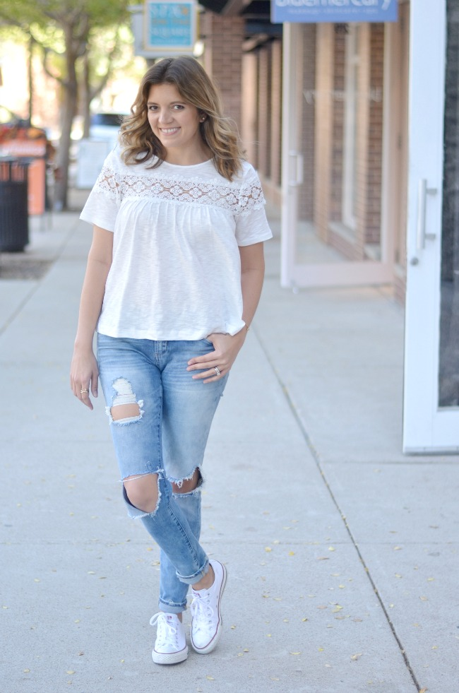 lace swing tee with distressed skinnies via fizzandfrosting.com