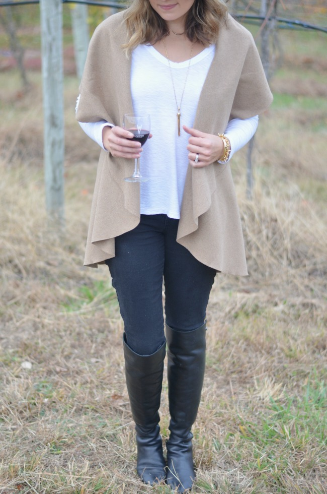 camel jacket, black jeans for fall via fizzandfrosting.com