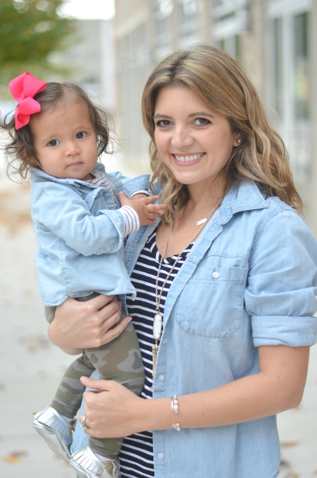 mother daughter matching outfits for fall via fizzandfrosting.com