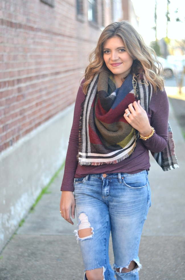 fall style: blanket scarf, distressed jeans, lace up flats via fizzandfrosting.com