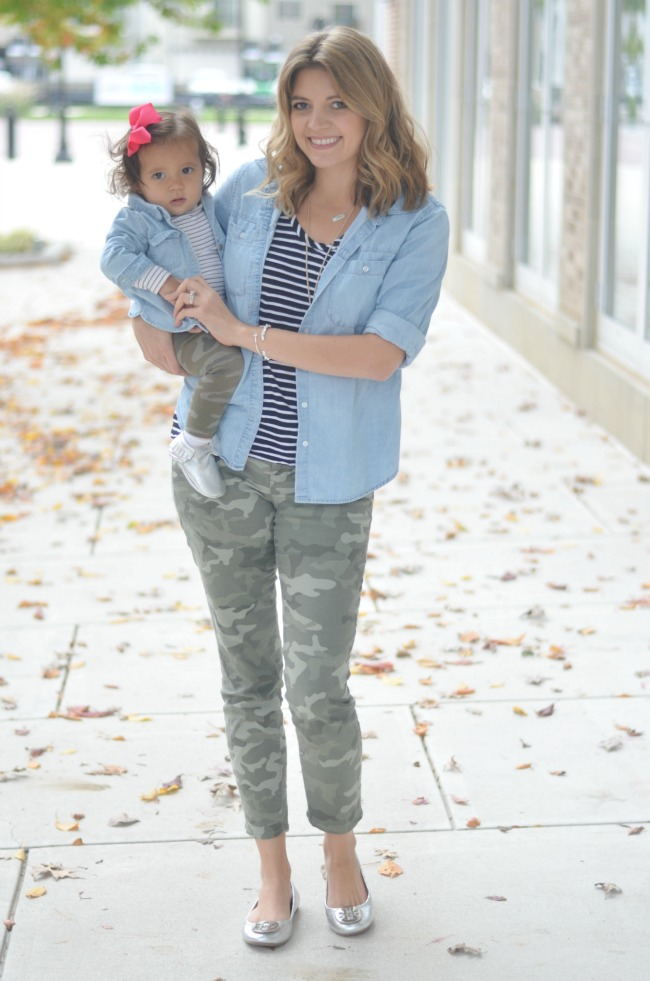 mom and daughter matching outfits for fall: camo, stripes and chambray via fizzandfrosting.com