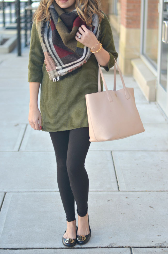sweater tunic with leggings and a blanket scarf via fizzandfrosting.com