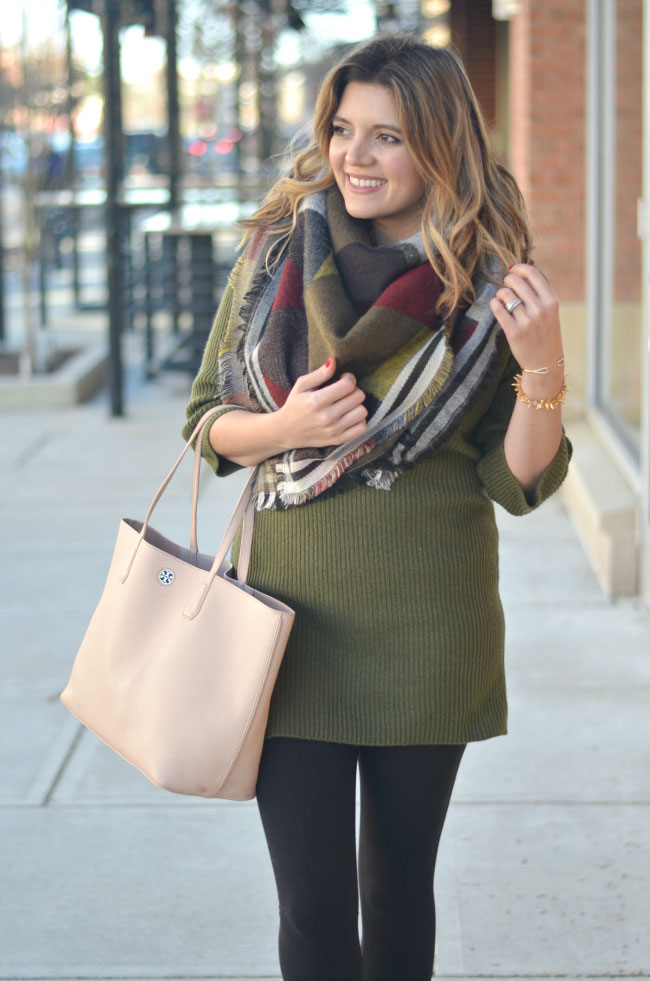 sweater tunic with leggings via fizzandfrosting.com
