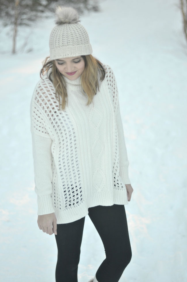 snow outfit - oversized turtleneck with leggings via fizzandfrosting.com
