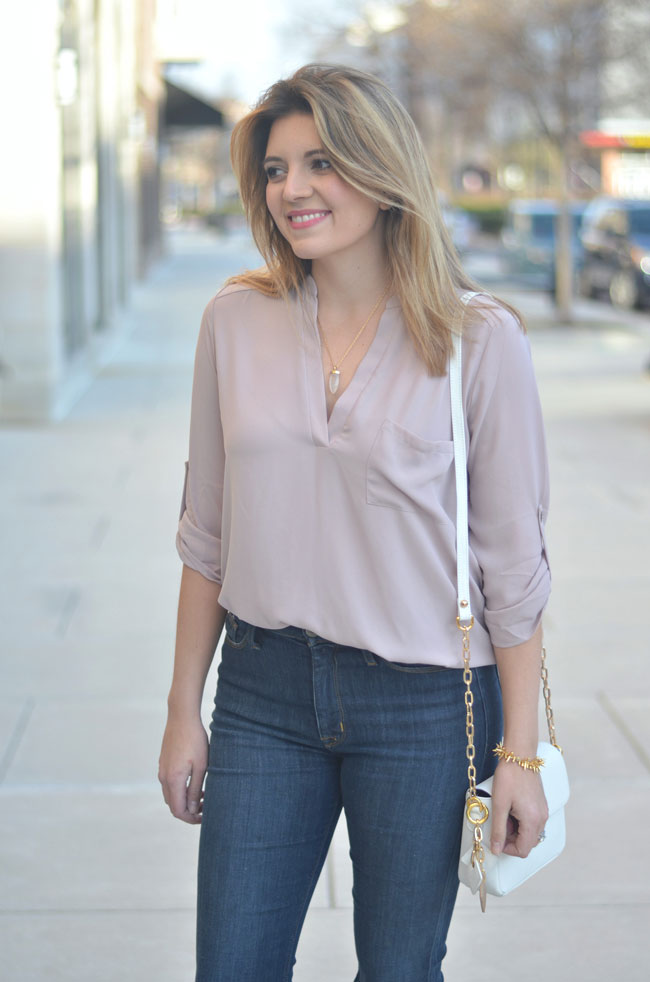 blush tunic, distressed high waisted jeans | www.fizzandfrosting.com