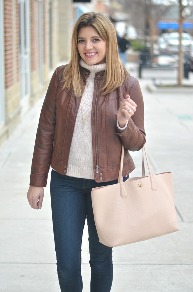 cute mom style - turtleneck, leather jacket, tote | www.fizzandfrosting.com