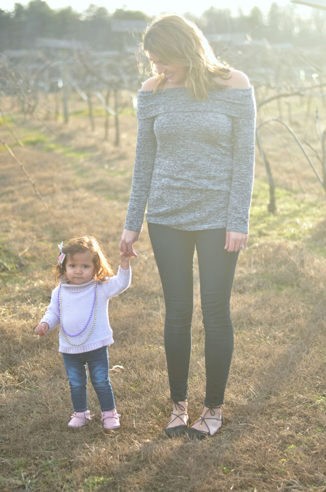 mom and daughter winter style | fizzandfrosting.com