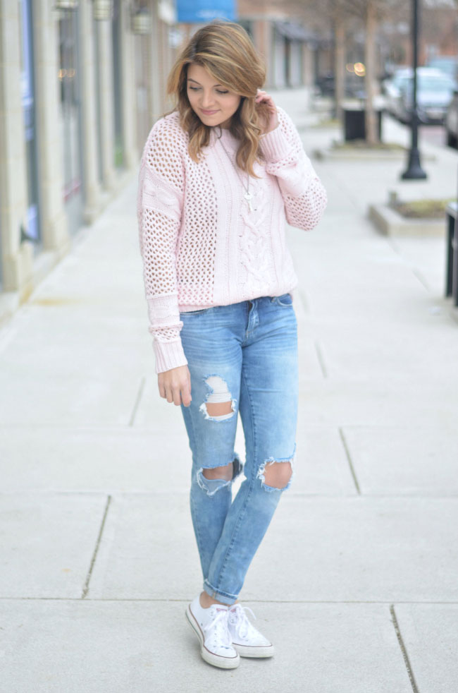 spring style - blush pink sweater, distressed jeans, and converse chucks via fizzandfrosting.com