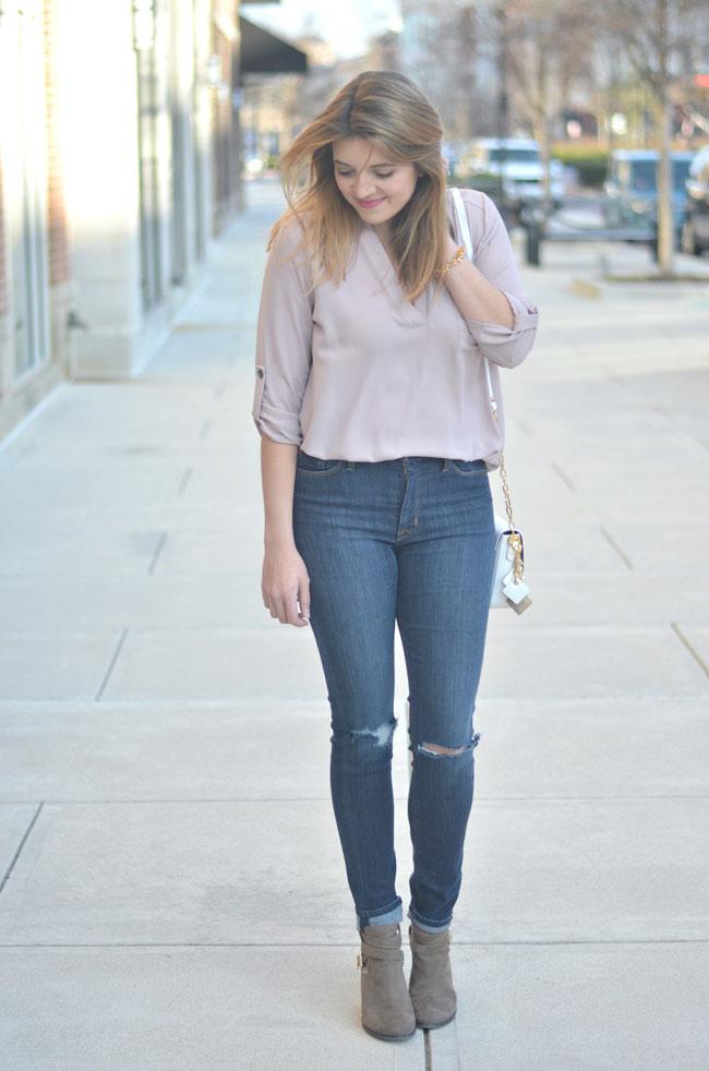 lush roll tab tunic, distressed skinny jeans, booties | www.fizzandfrosting.com