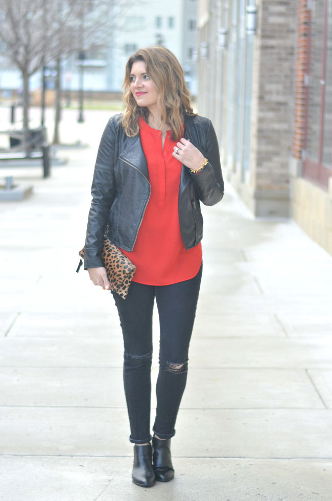 galentine's day style - red tunic, black destroyed skinny jeans via fizzandfrosting.com