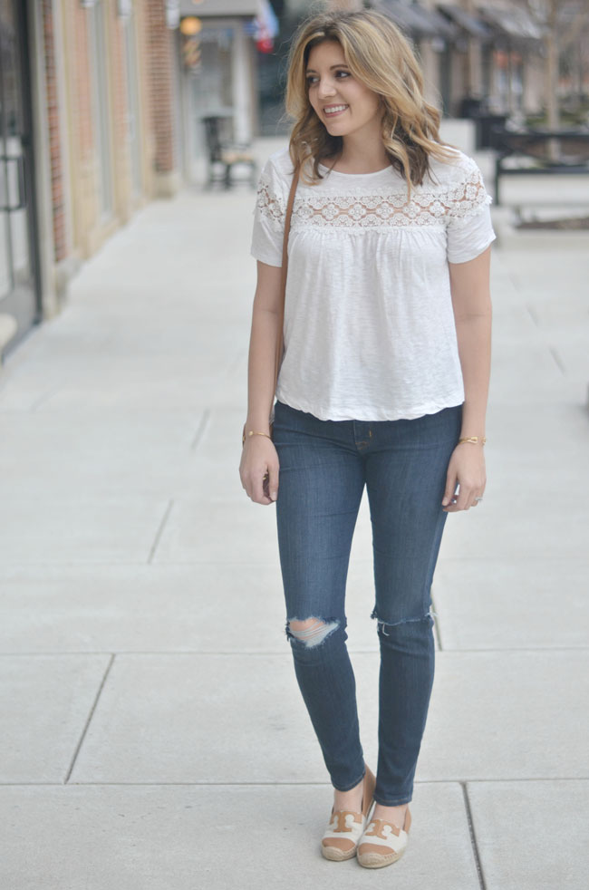 Casual Spring style - distressed skinny jeans, white lace swing tee | www.fizzandfrosting.com