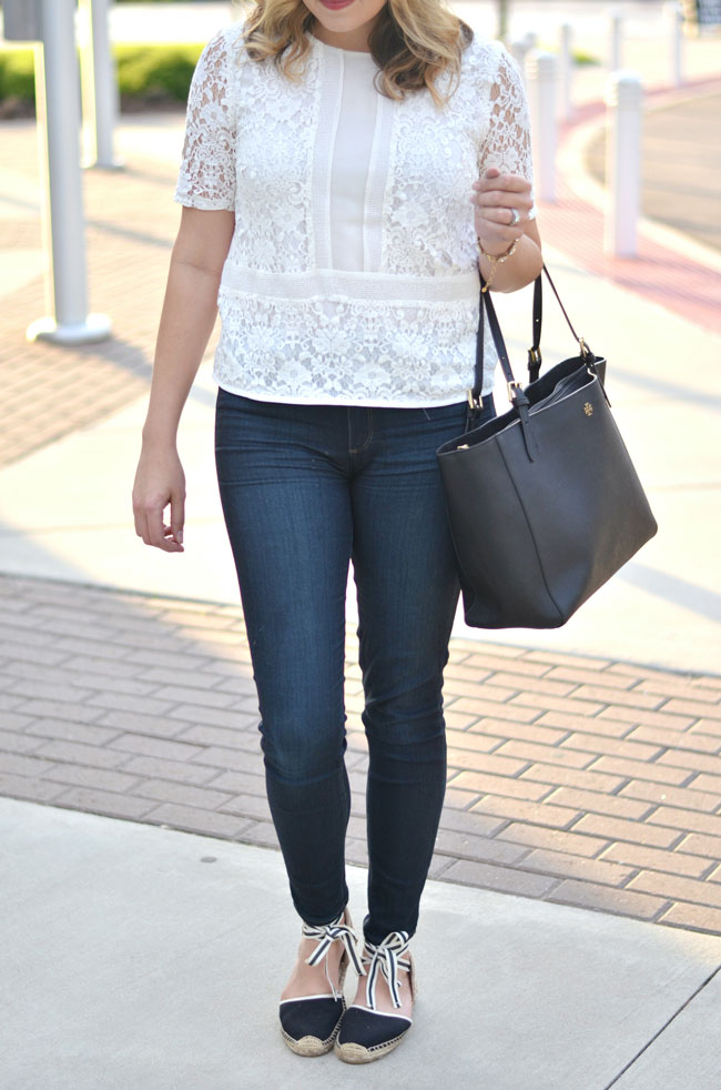 Spring style - cream lace top, dark wash skinny jeans, lace up espadrilles | www.fizzandfrositng.com