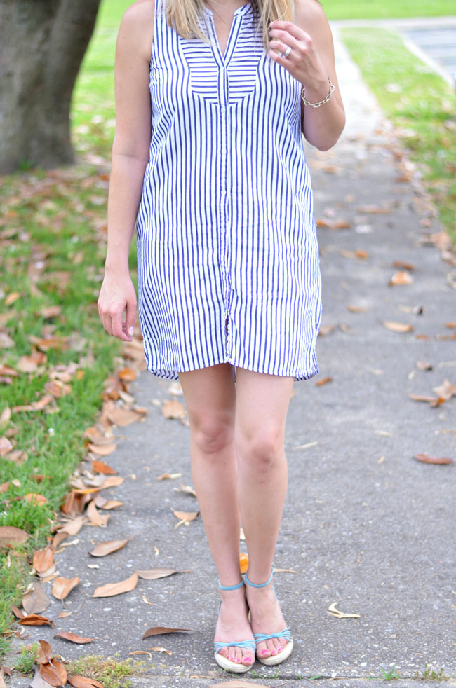 cute summer style - striped sleeveless shirt dress | www.fizzandfrosting.com