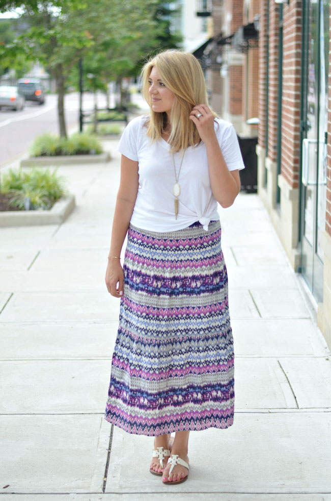 how to wear a maxi skirt - white shirt with patterned maxi | www.fizzandfrosting.com