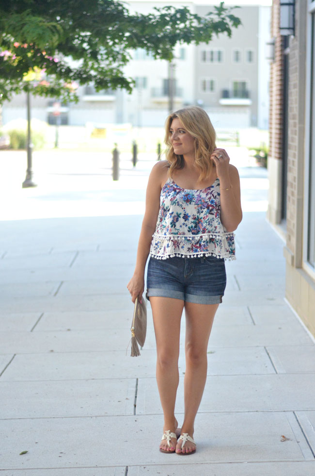 casual summer outfit - pom pom floral tank with rolled denim tank | www.fizzandfrosting.com