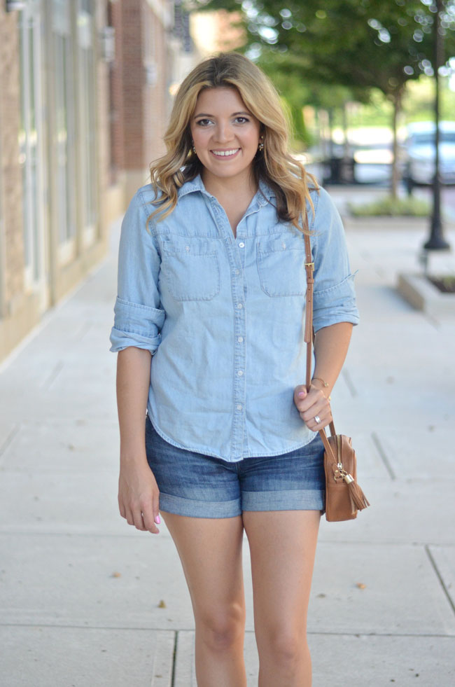 summer casual style - chambray top with denim shorts | www.fizzandfrosting.com