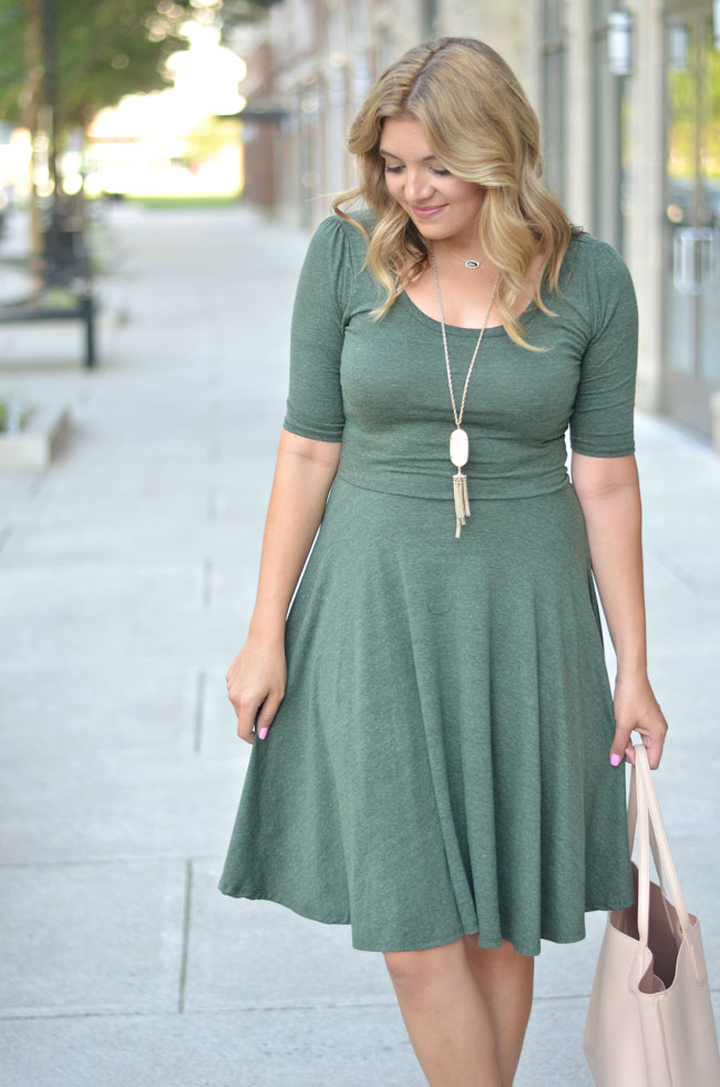 easy fall outfits - lularoe nicole dress with booties | www.fizzandfrosting.com