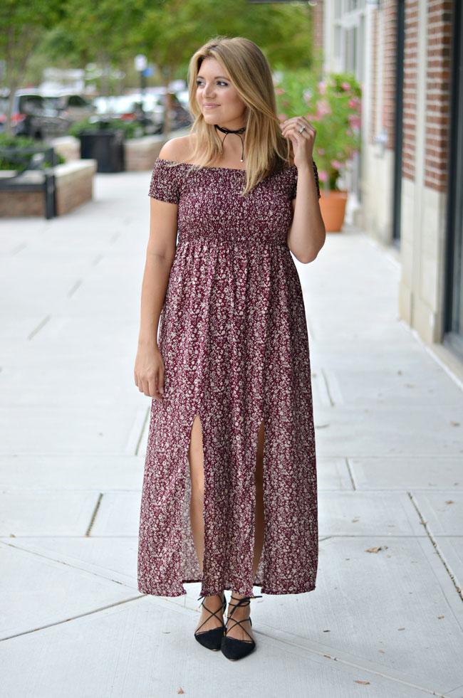 cute fall style - off shoulder maxi dress | www.fizzandfrosting.com