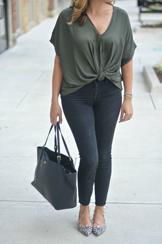 fall style - olive blouse with black skinny jeans and lace-up flats | www.fizzandfrosting.com