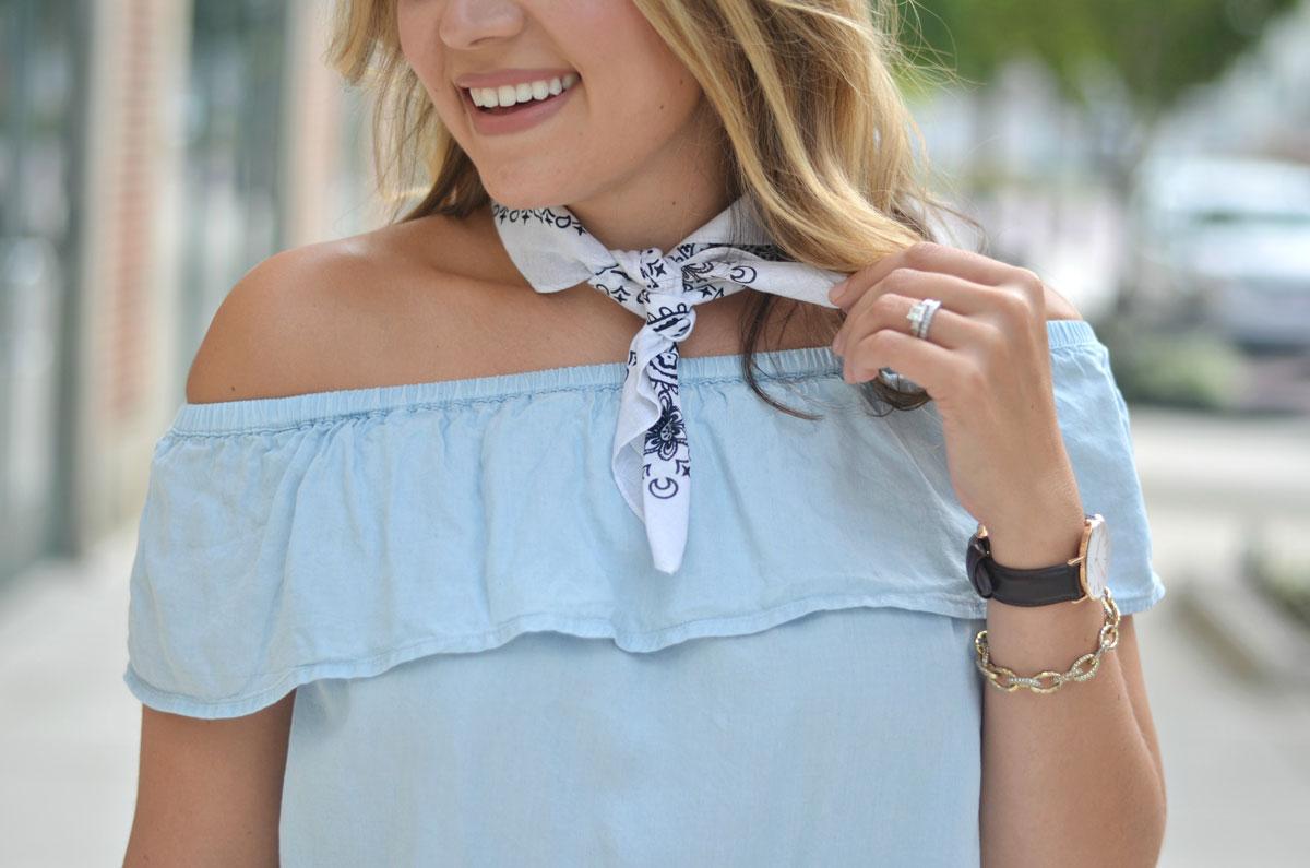 bandana neck scarf   www.fizzandfrosting.com