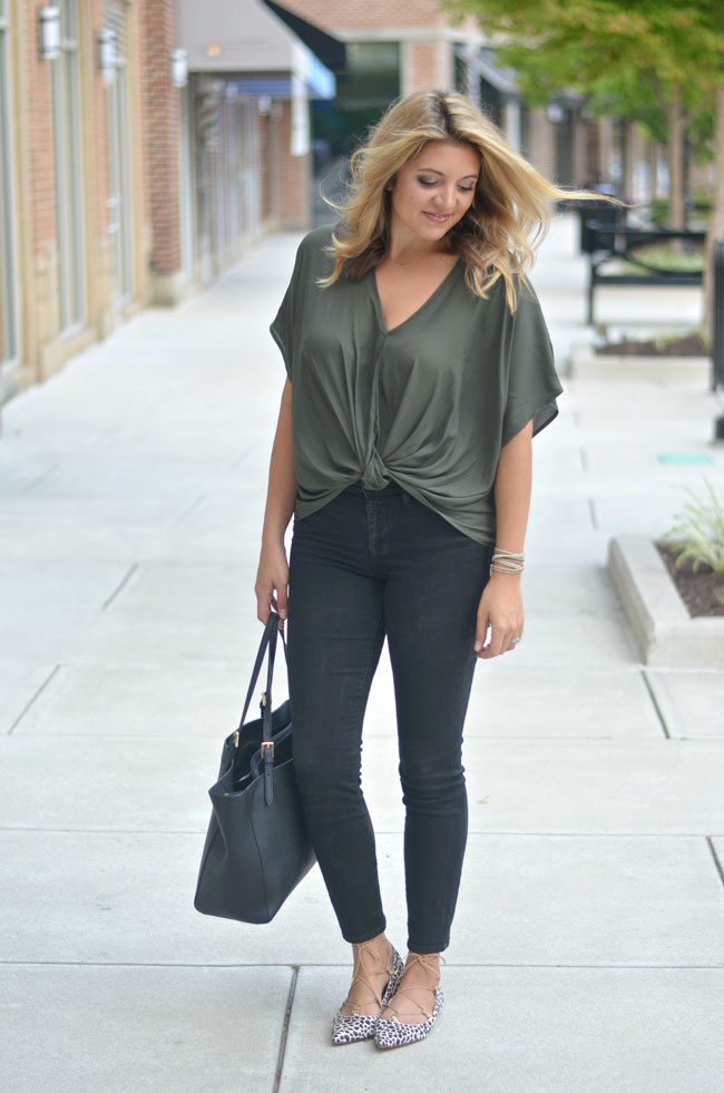 Cute Fall style - olive twist front top with skinny jeans | www.fizzandfrosting.com