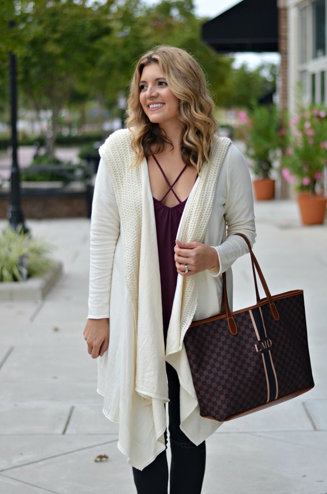 how wear a long draped cardigan - cream long cardigan, cross over tee, barrington gifts st. anne tote | www.fizzandfrosting.com